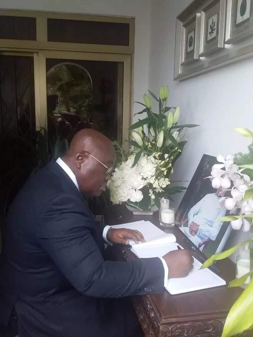 Nana Addo's handwriting clearly seen in his tribute to Amissah-Arthur