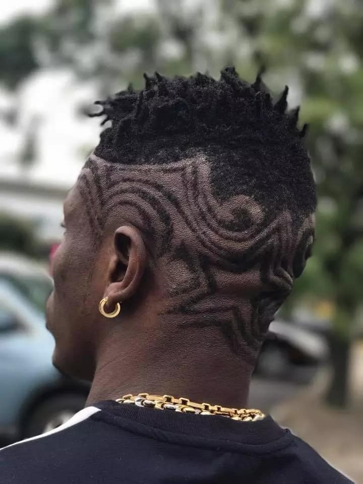 Shatta Wale debuts new haircut in US; immediately sparks several conversations