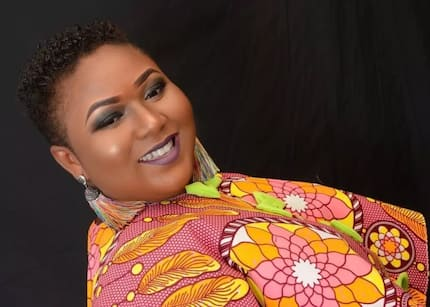Xandy Kamel throws open invitation to men to come for her as she dazzles in photo