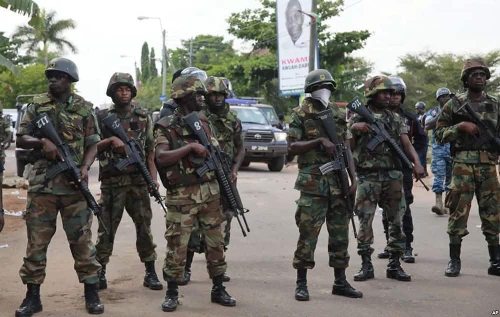 Naval officer stabs Airforce soldier for having an affair with his wife