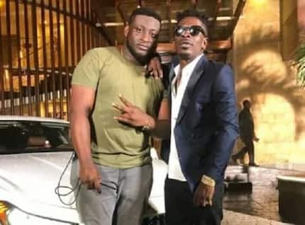 Shatta Wale presents a surprise birthday package to his manager