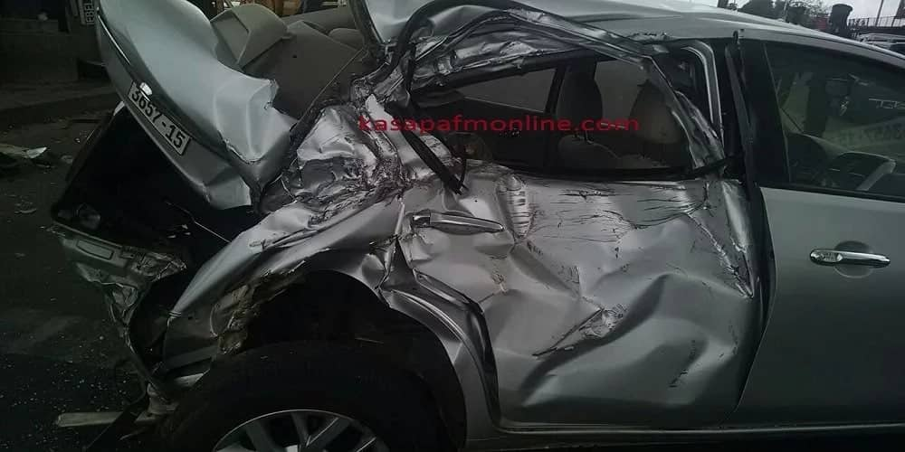 Truck falls on saloon car on Achimota-Nsawam road