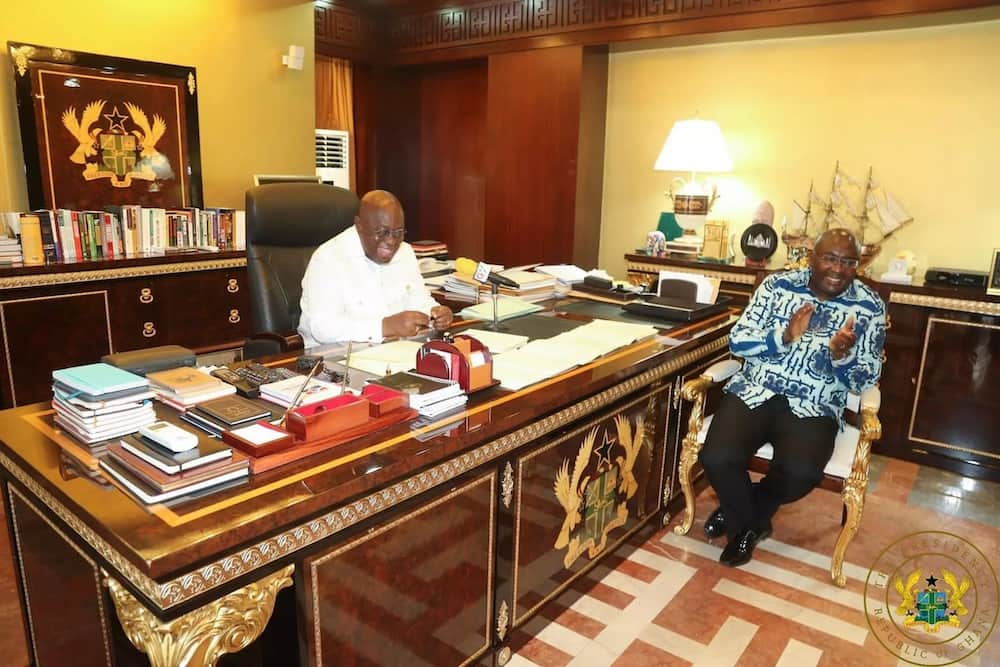 Akufo-Addo suspends any increase of his salary and that of Bawumia, says Ghana's economy is in recovery