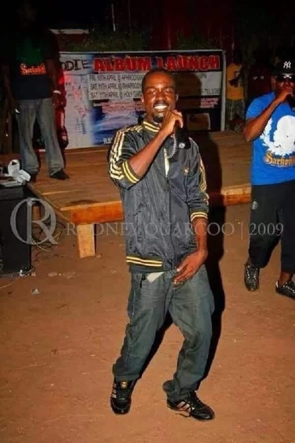 Sarkodie performing at an album launch way back in 2009