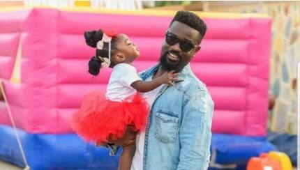 Sarkodie's daughter celebrates her 2nd birthday with a baby blue cake