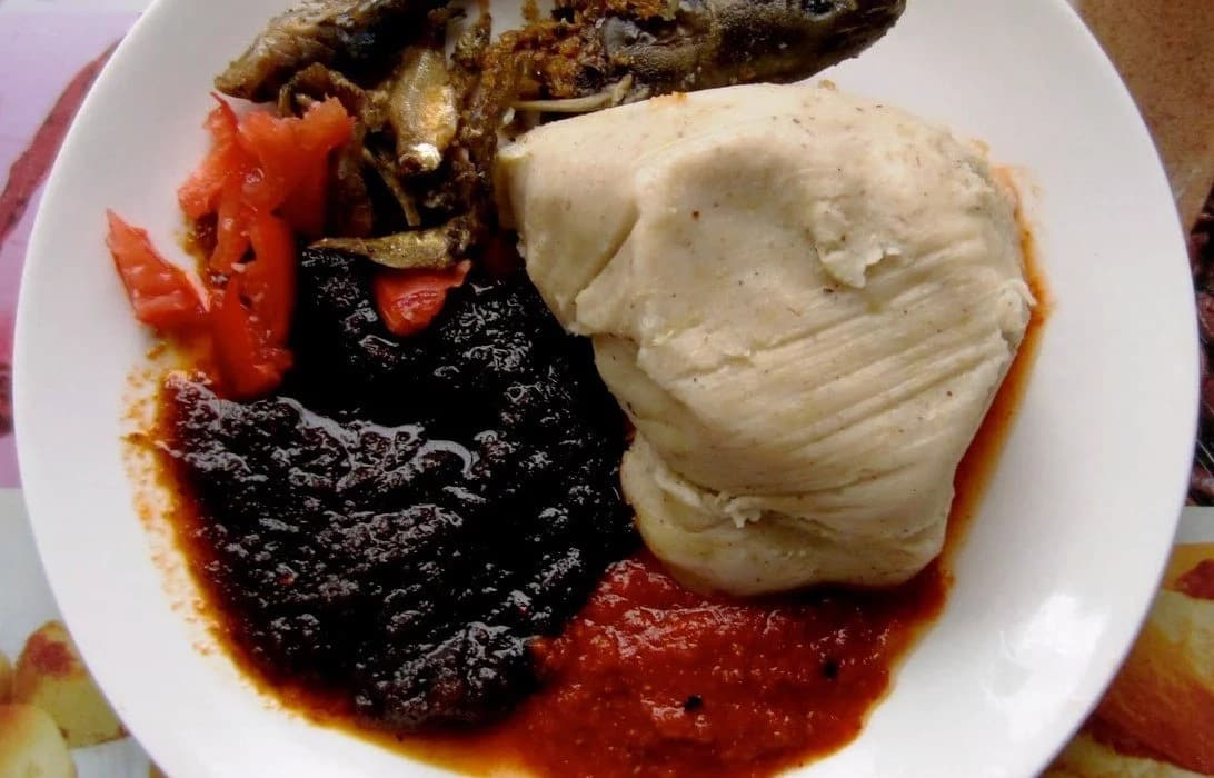 These Ghanaian foods taste way better when bought outside