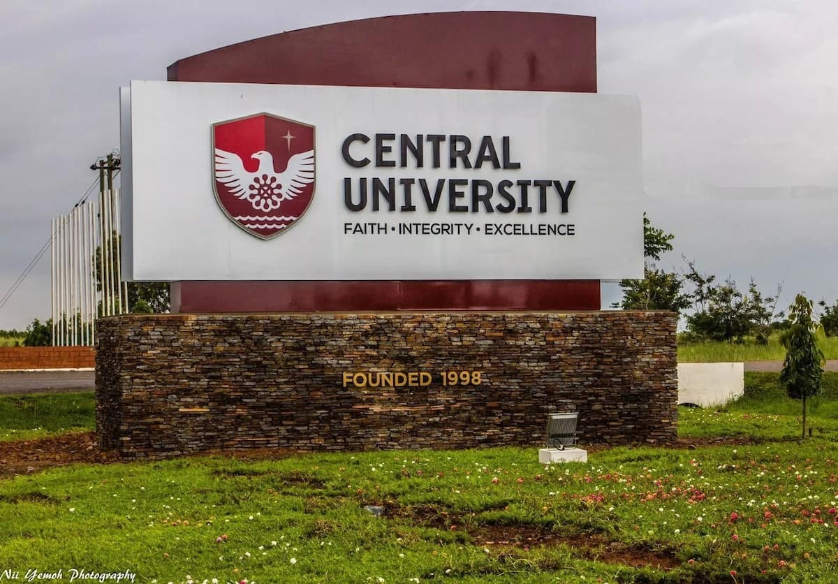 Central University running on 'life support'- Registrar