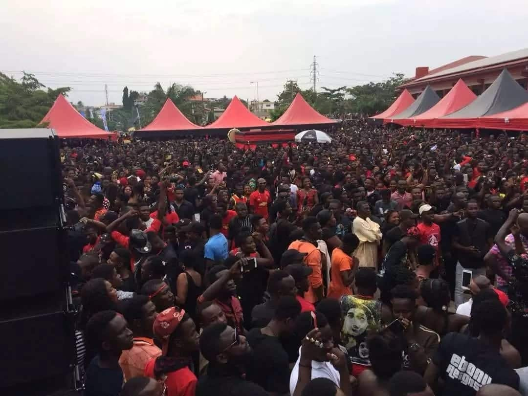 Ebony's one-week observance: Thieves arrested at event