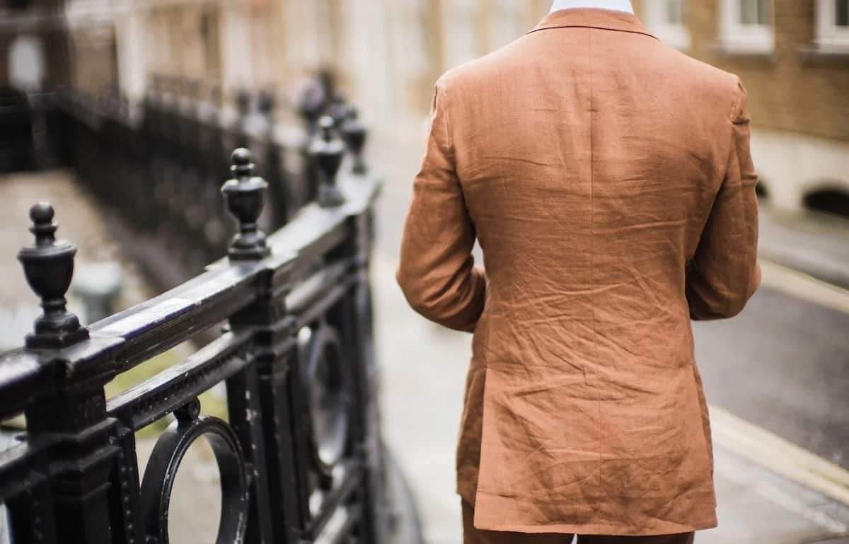 Wrinkled suit