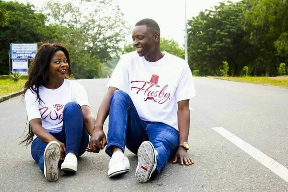 Twin sister with same first name set to marry two different guys with same first names on same day