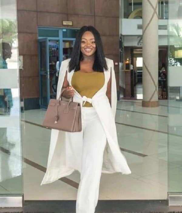 Jackie Appiah stuns in new glamorous photos