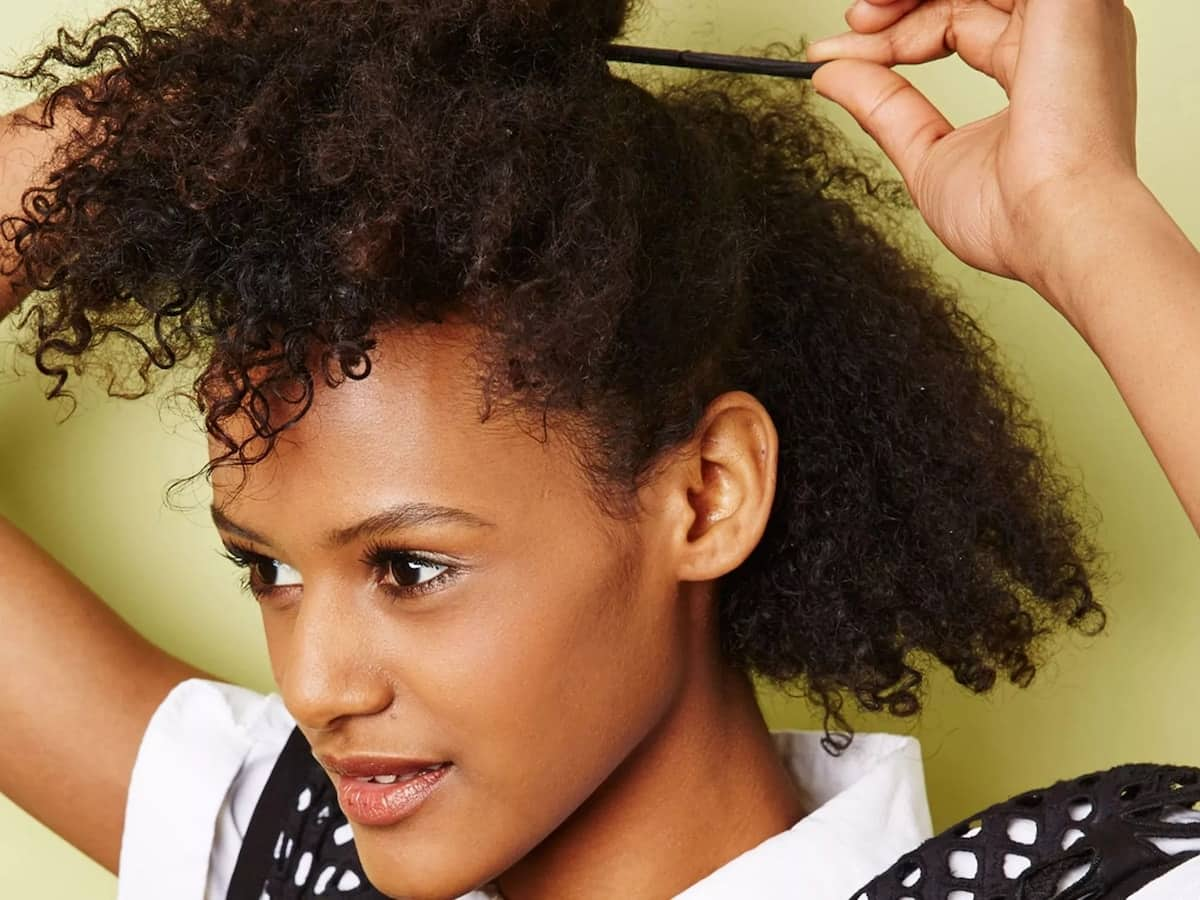 How to Style Natural Hair at Home