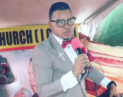 Wild video of Obinim offering help to 'sakawa' boys to dupe 'clients' pops up