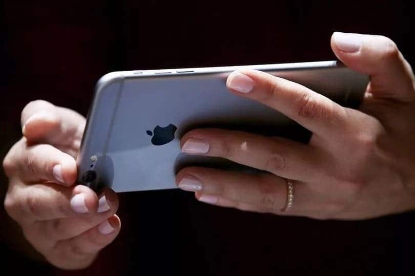 Wife jailed for three months for looking at her husband's phone in UAE