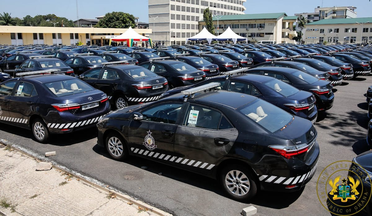 President Akufo-Addo presents 200 vehicles to the Ghana Police Service (Video)