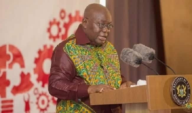 President Akufo-Addo speaking to an audience