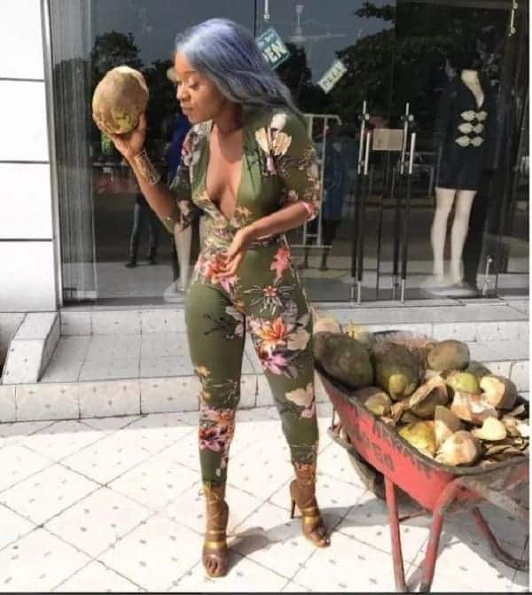 Actress Efia Odo shakes her 'asserts' in front of a Coconut Seller in latest video