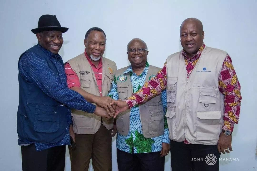 Mahama meet Jonathan, 2 others in Sierra Leone as they observe elections
