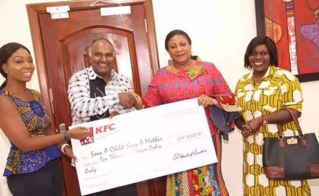 First Lady's Maternity Unit project receives GHC 10,000 from KFC