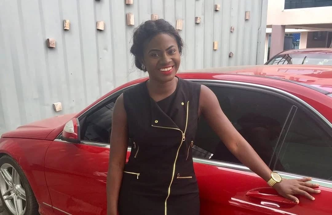Martha Ankomah lights up our day with new photo