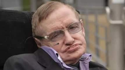 "Stephen Hawking explains in his final book why ""there is no God"""