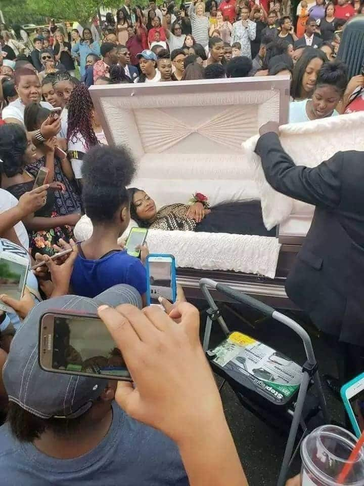 Young lady goes viral on social media with her pre-burial photos