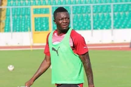 Sulley Muntari holds crucial talks with coach Kwasi Appiah