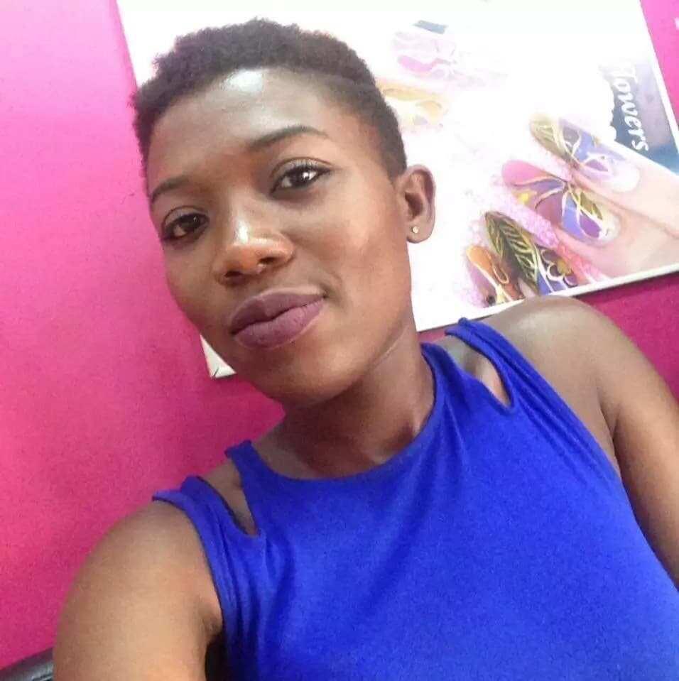 Ghanaian woman in selfie photo
