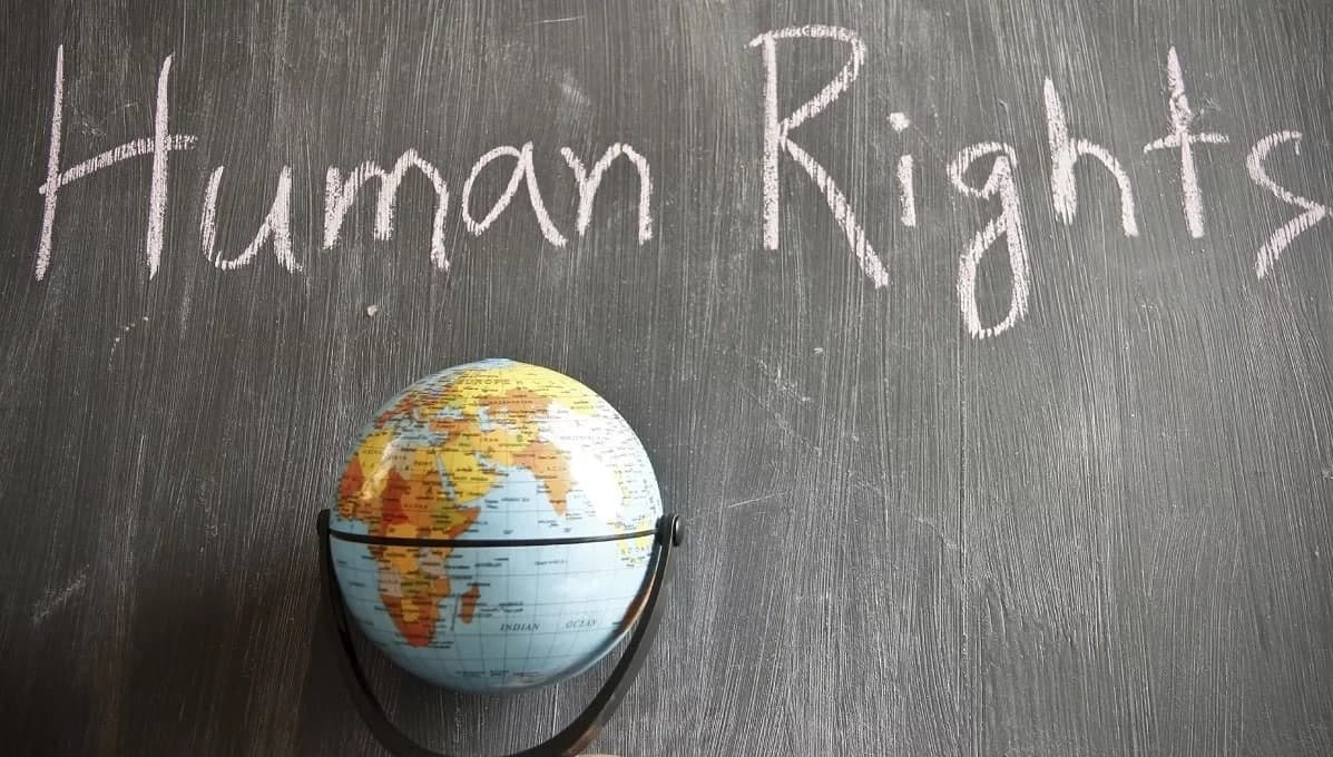 Fundamental human rights in Ghana and institutions to report violations.