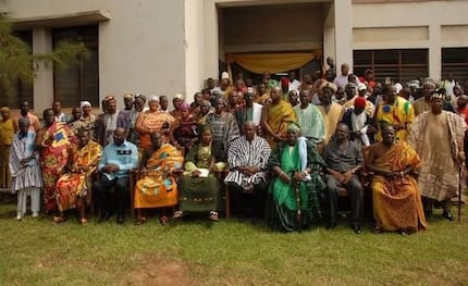 Interesting! Here's why chiefs and people of Dodo stormed the presidency