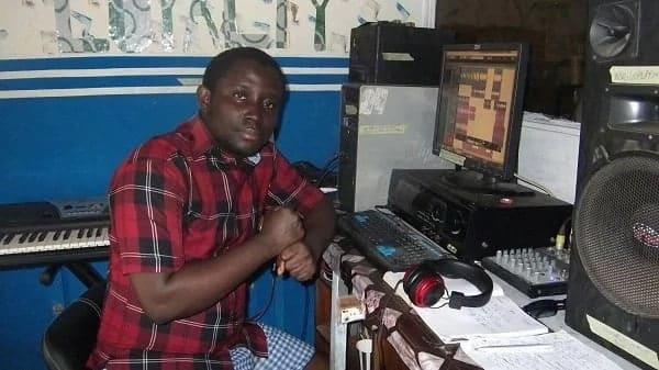 Music Producer Mr Loyalty reveals how much Patapaa paid him to record 'One Corner' song