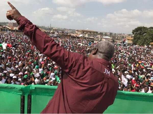 Mahama takes fight to NPP in Kumasi