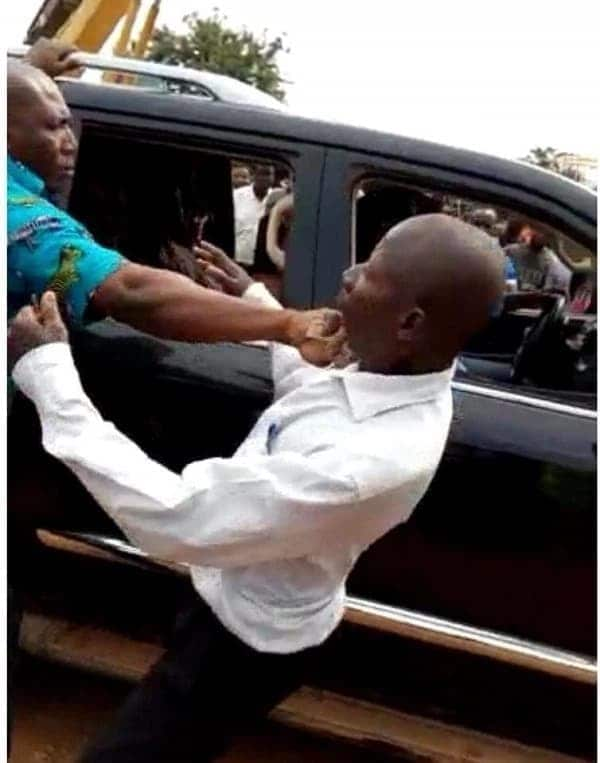 Akufo-Addo's bodyguard punches old man on camera