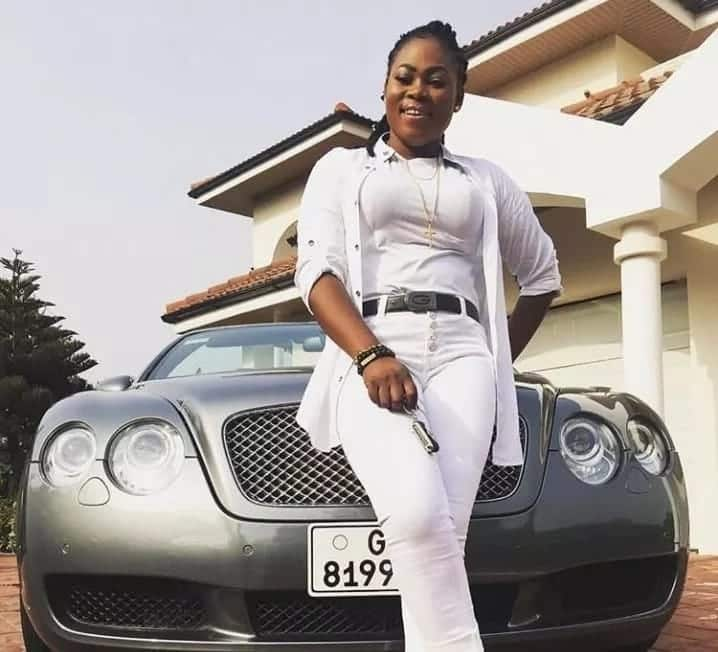 Joyce Blessing step out looking fly in all-white outfit
