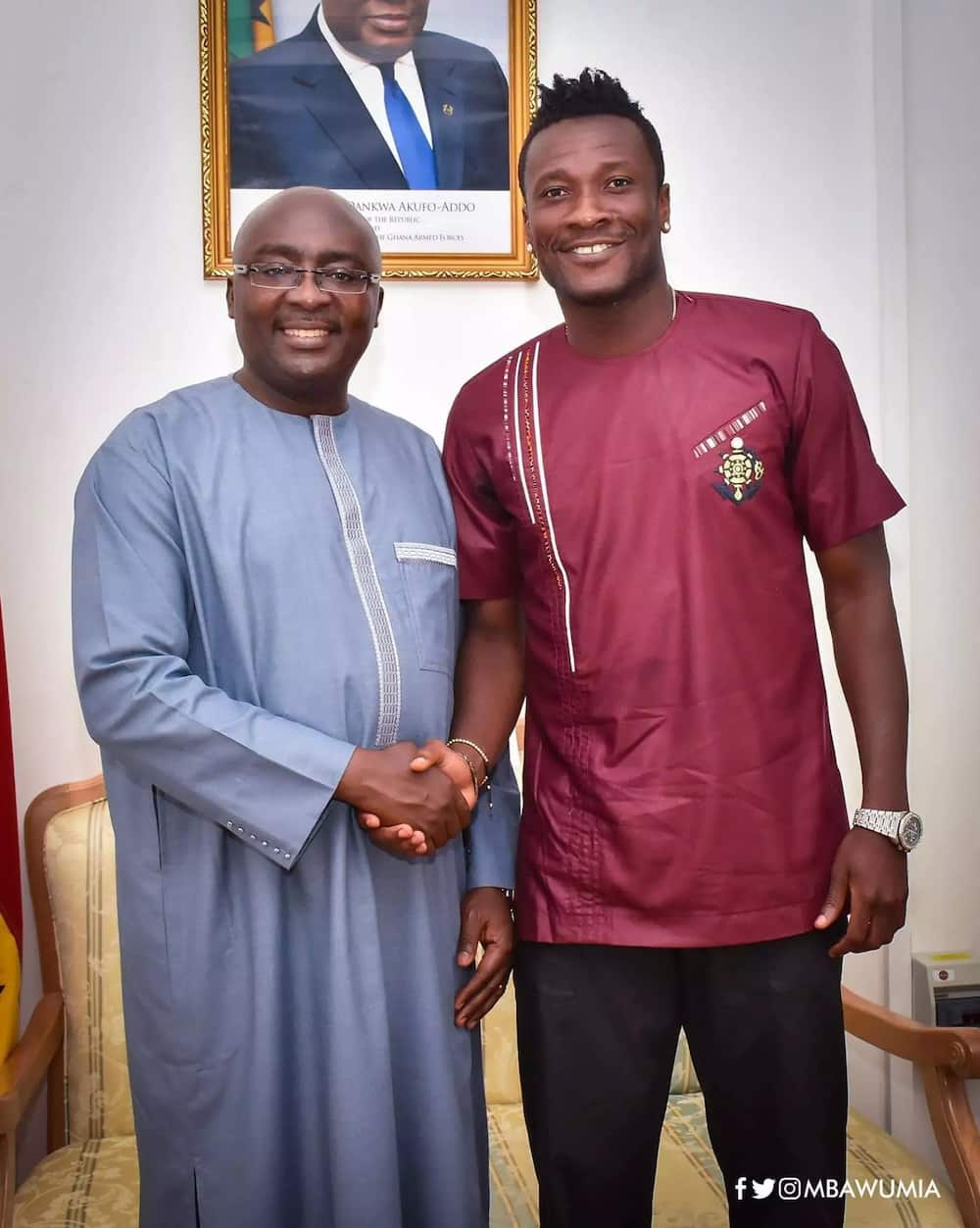 Photos: Asamoah Gyan spends time with Dr Bawumia at FlagStaff House