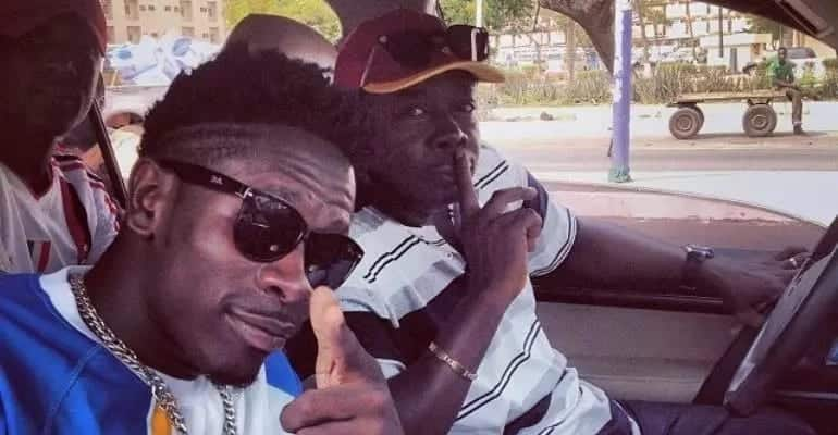 Who is Shatta Wale father?