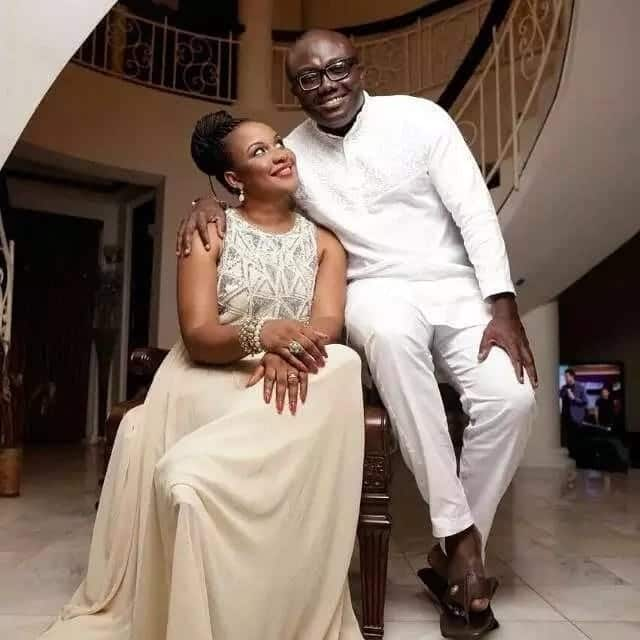 Bola Ray and wife