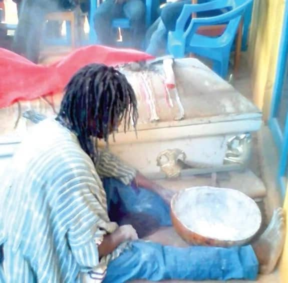 Sakawa man turns to a cat during rituals
