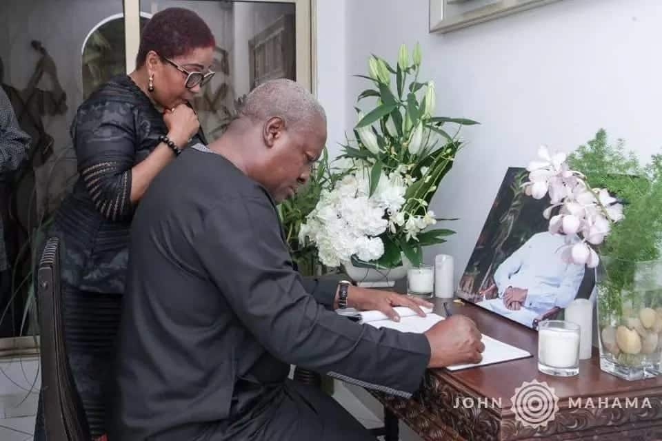 Mahama and wife visit grieving widow of late Paa Kwesi Amissah-Arthur