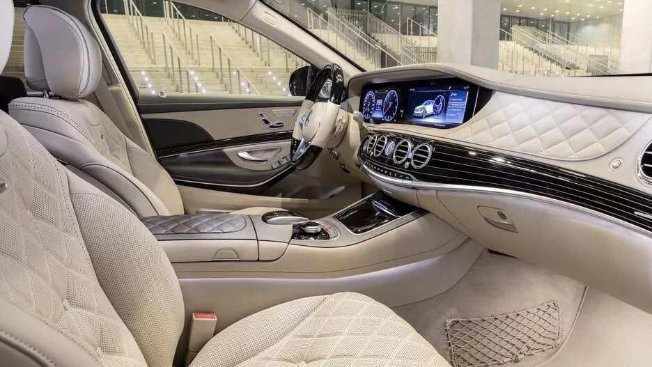 Mercedes Maybach interior