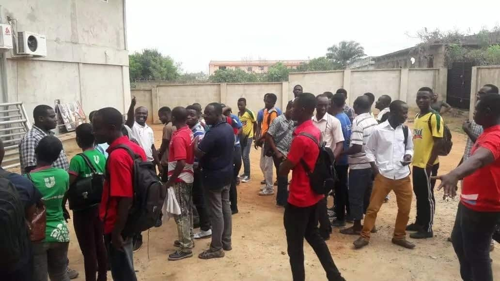 Workers of Power Hydraulics Limited forced to swear an oath with spiritualist following a theft
