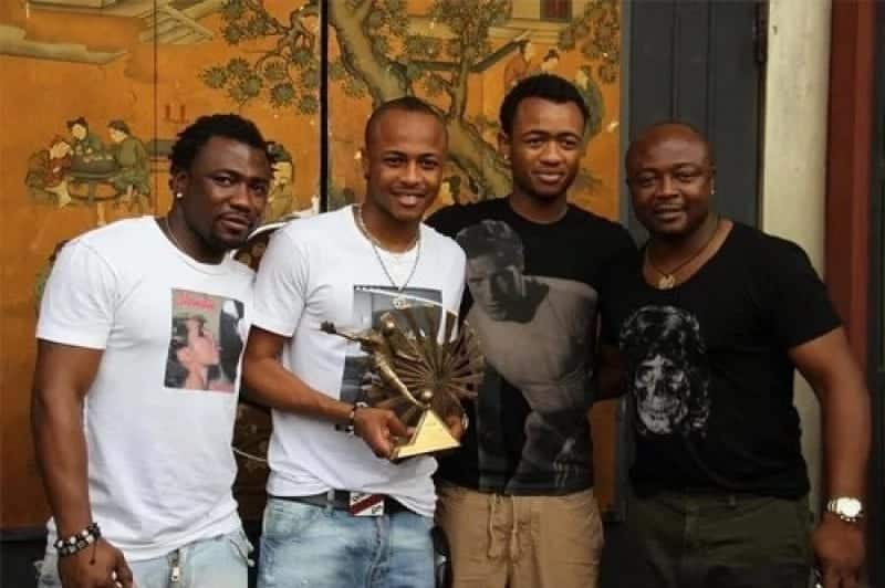 Family Goals: Ayew brothers reunite as they pose in heartwarming family photo
