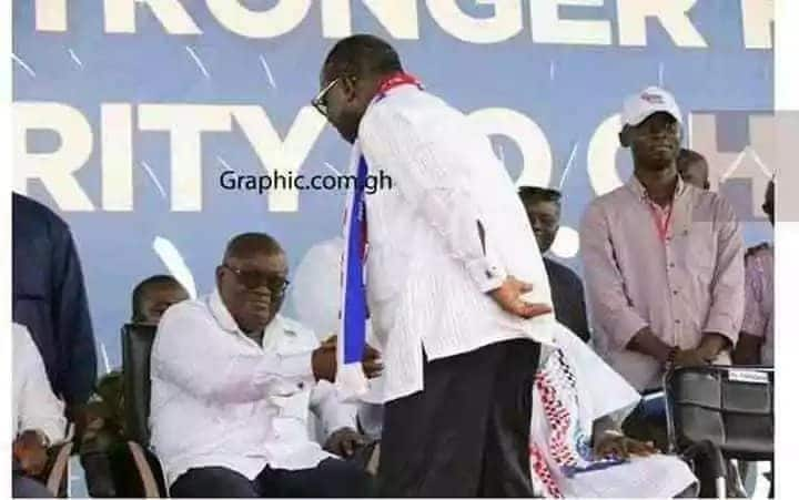 Akufo-Addo snubbed Ntim but responded well to Blay's handshake