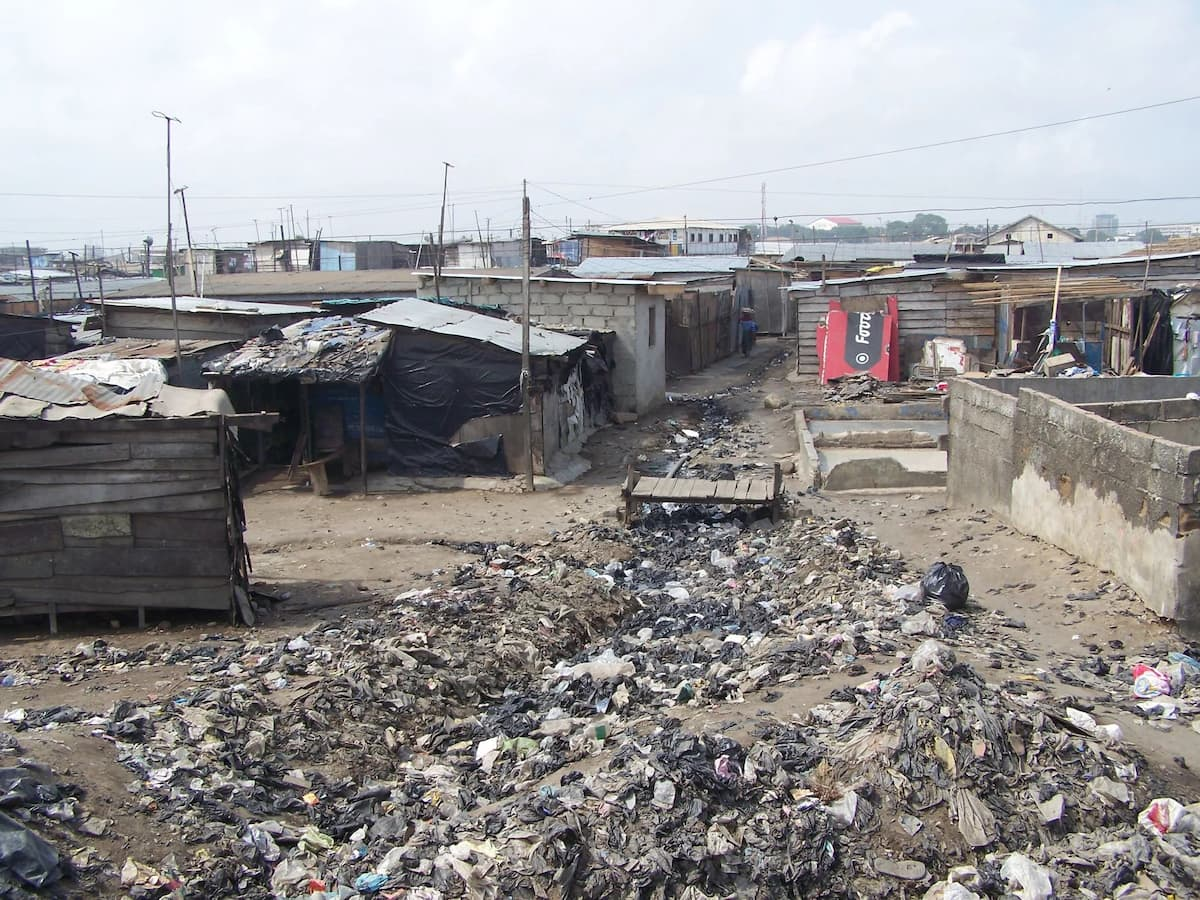 These pictures show why Accra is the world's most polluted city
