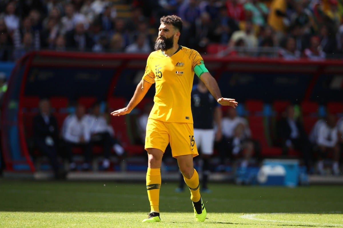 Sub-par France beat Australia 2-1 in Group C opener