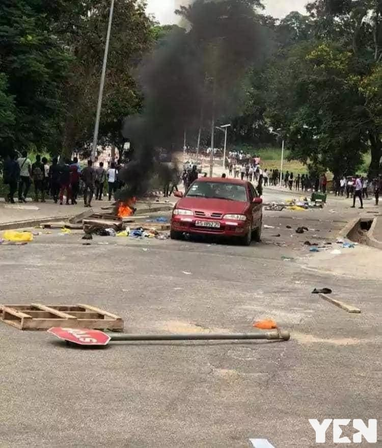KNUST demo: Students seize security man's pot of banku on fire (Photo)