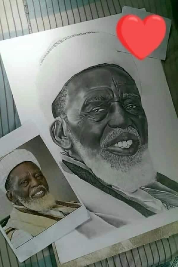 Desmond and Caleb's near perfect painting of the National Chief Imam. Photo credit: YEN.com.gh
