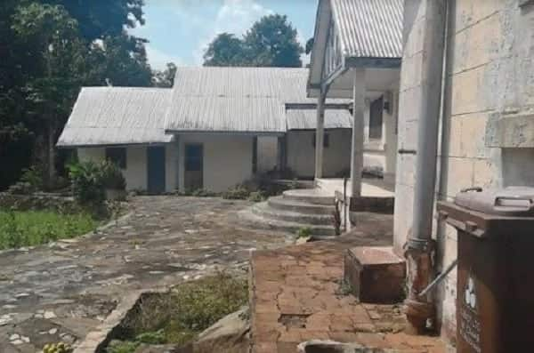 Former Presidential palace abandoned by governments