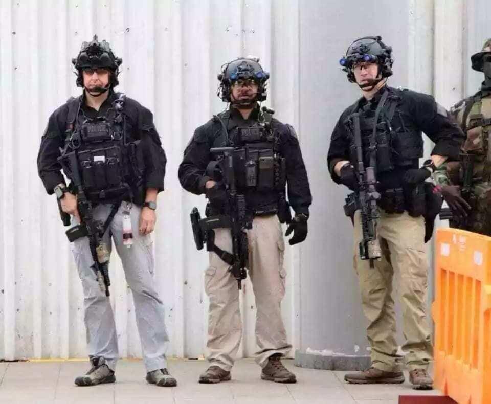 Wild photos of commandos guarding Melania Trump in Ghana shake Ghanaians