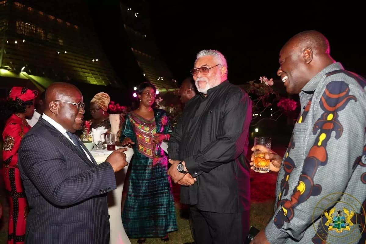 That confident handshake between Nana Addo and Rawlings